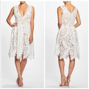 NWT Dress The Population Rita White Lace Dress